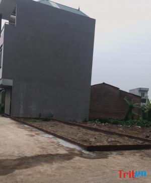 Bán Đất tại xã Đức Thượng,gần trường học,gần mầm non gần chợ dân trí cao-Gía 450tr