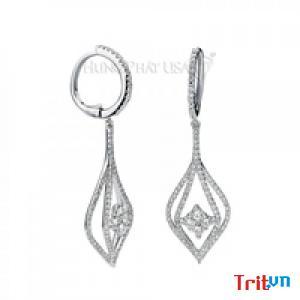 Gợi ý chọn bông tai kim cương đẹp khi đi tiệc